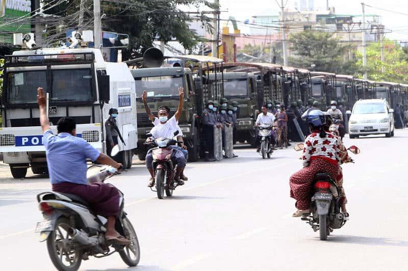 【國際】緬甸軍隊政變害慘經濟 全國石油恐在2個月內耗盡