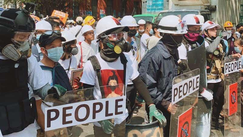 【國際】緬甸軍政變 已超過100多名員警拒絕暴力鎮壓殺戮人民 加入反軍方陣營