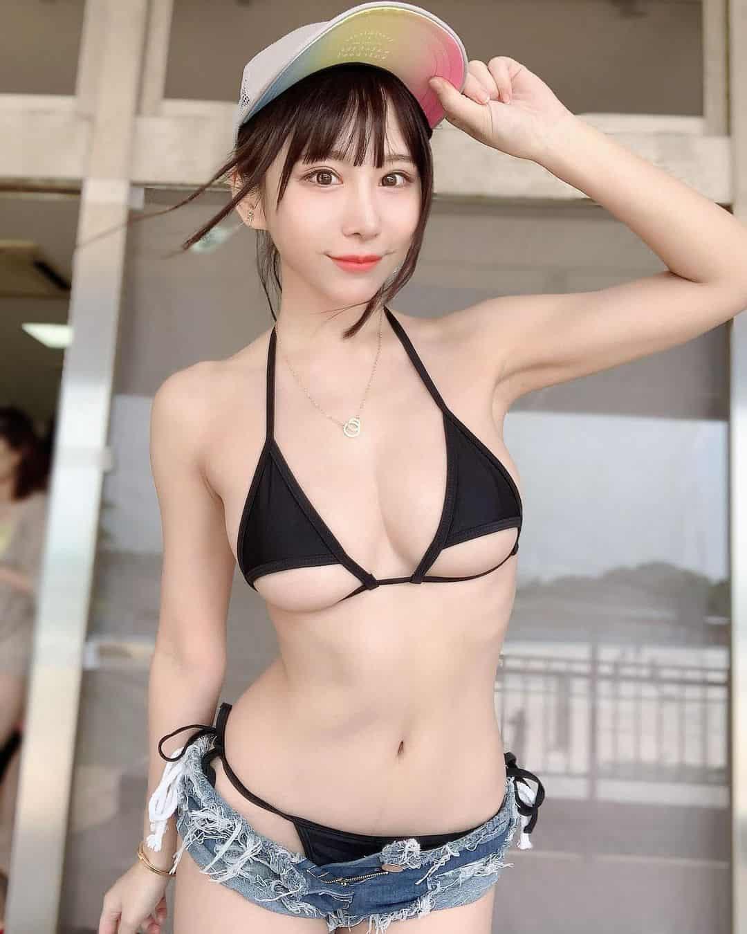 《IG》每日大師級美女寫真一番賞6/15,日本小姐姐可愛性感兼具蜜桃奶!