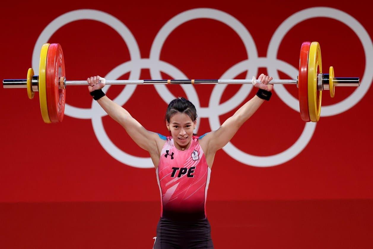 東奧》中華隊郭婞淳奪台灣首面金牌 抓舉挺舉總和都破紀錄